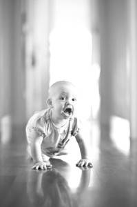 Baby_crawling_hallway_Lovelight_photo