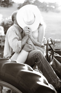 Borges_ranch_hat_kiss_tractor_Lovelight_photo