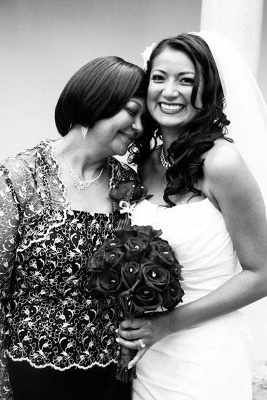 Bride_mother_HaciendaDeLasFlores_Lovelight_photo