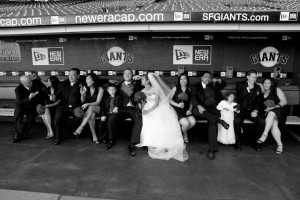 Wedding_Party_Dugout_Lovelight_Photo