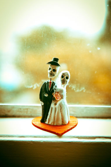 Wedding_cake_topper_dayofdead_lovelight_photo