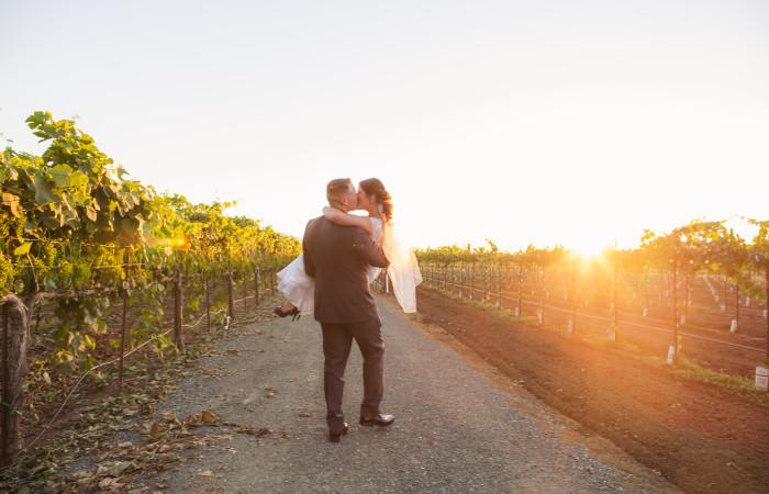 Tamayo Vineyard Estate Wedding: Breanna and Brandon